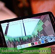 Minecraft Pocket Edition aktif dan berjalan di Xperia Play (video)